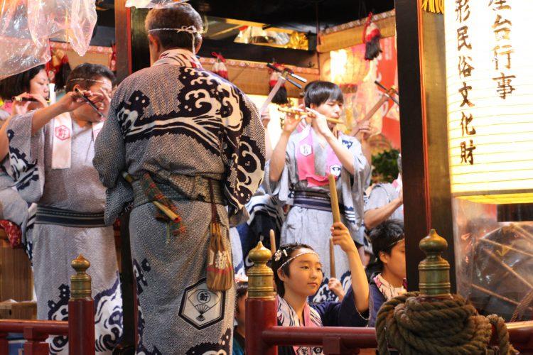 秋田県の夏を彩る鹿角の花輪ばやしが今年も開催されました。