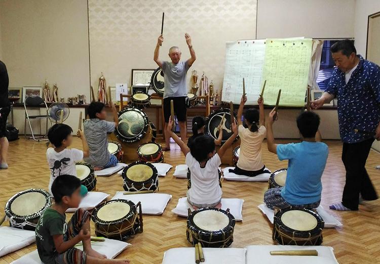 花輪ばやし 新町の太鼓練習会