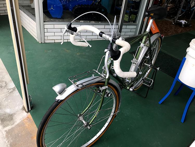 サイクリングコース 自転車