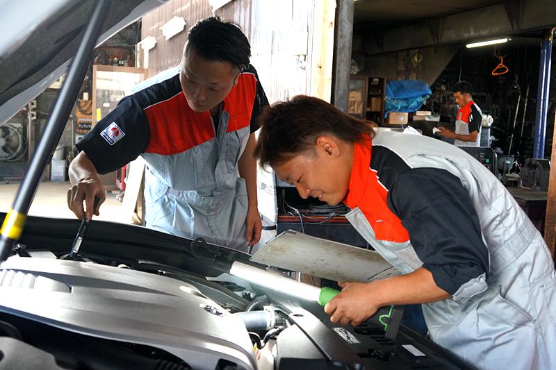 山崎自動車工業 株式会社求人情報『人を大事に。鹿角に寄り添い鹿角から信頼される創業90年の自動車整備工場。』