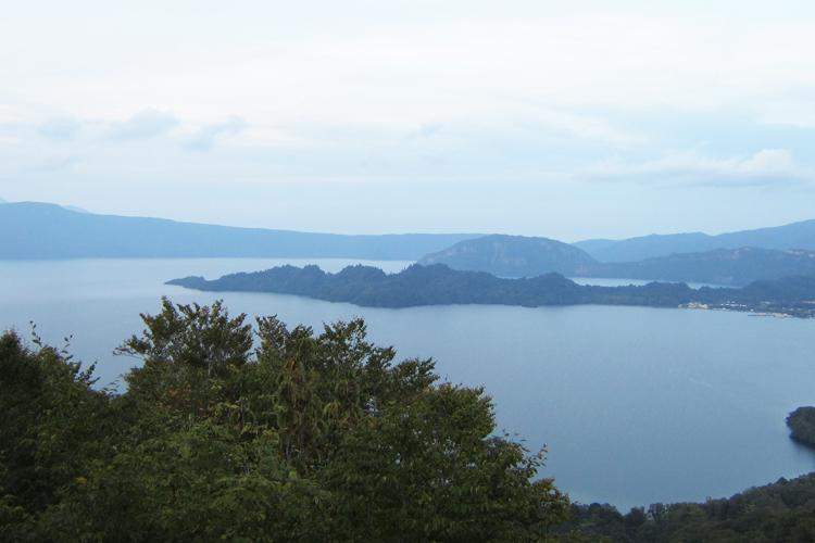 小坂町 十和田湖