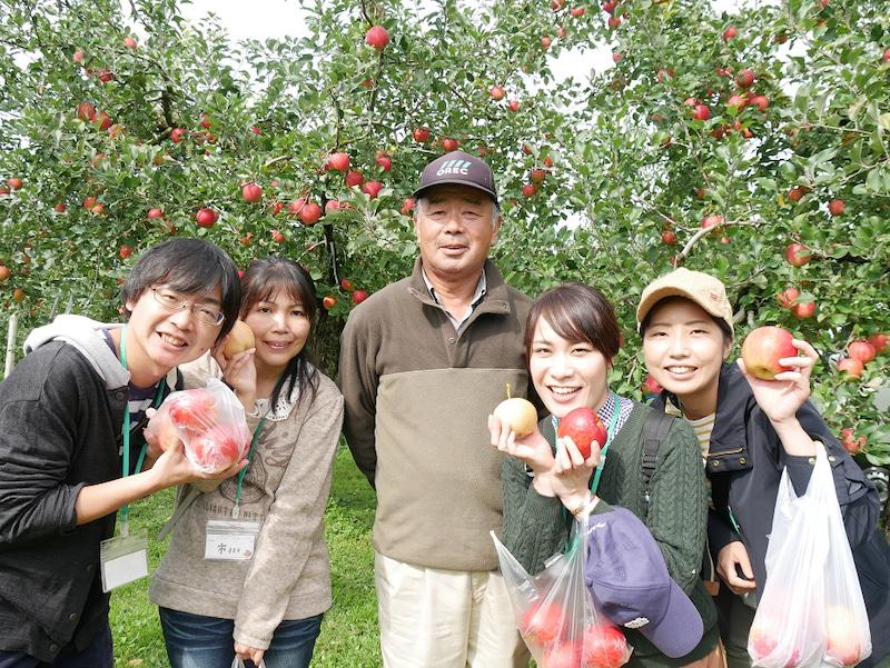 佐藤秀果園 リンゴの収穫体験